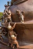 无锡灵山巨人菩萨风景区& x22; 100儿童游戏Maitreya& x22;大铜雕塑 库存图片