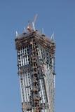 无限塔-摩天大楼在迪拜海滨广场 免版税库存图片