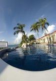 无限尼加拉瓜池游泳 免版税库存照片