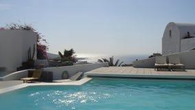 无限水池在Akrotiri,圣托里尼 免版税库存照片