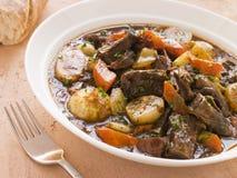 无骨的de oxtail土豆rabo炖煮的食物托罗 免版税库存图片