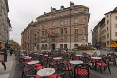 日内瓦,瑞士- 2015年10月30日:街道在市老镇日内瓦 免版税库存照片