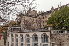 日内瓦,瑞士- 2015年10月30日:街道在市老镇日内瓦 图库摄影