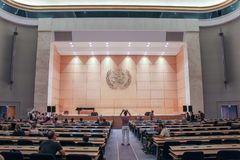 日内瓦,瑞士- 9月15 -全体会议的霍尔 库存图片