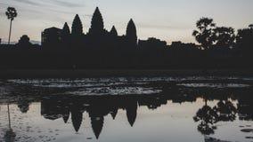 日出吴哥Timelapse 高棉建筑学的古老纪念碑的被绘的看法 股票视频