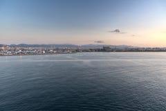 日出在从女王伊丽莎白的帕尔马港口 图库摄影