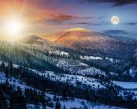 日出在冬天喀尔巴汗24个小时概念 免版税库存照片