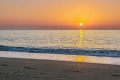 日出在托雷莫利诺斯角,西班牙 库存照片