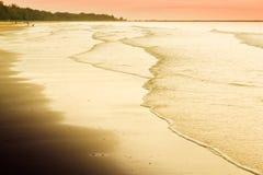日出在查家是海滩 免版税库存图片