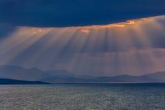 日出在爱奥尼亚人海岛 免版税库存照片