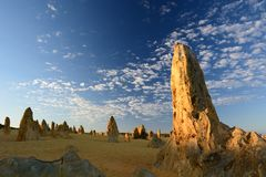 日出在石峰沙漠 Nambung国家公园 西万提斯 澳大利亚西部 澳洲 图库摄影
