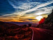 日出在萨瓦格萨附近的格劳斯在阿拉贡西班牙 库存照片