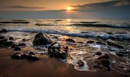 日出岩石 库存照片