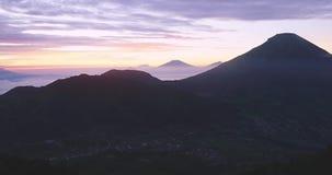 日出时间间隔英尺长度在Dieng高原的 股票视频