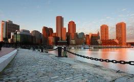 日出的波士顿财政区 免版税库存照片