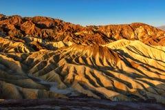 日出的颜色在死亡谷 免版税图库摄影