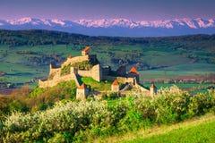 日出的,布拉索夫地区,特兰西瓦尼亚,罗马尼亚,欧洲中世纪鲁佩亚堡垒 库存照片