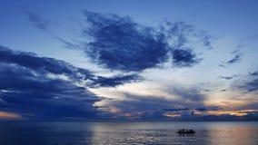 日出的14渔夫 股票视频