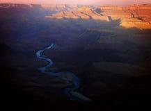 日出科罗拉多河大峡谷 免版税库存照片