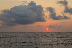日出莫奈姆瓦夏海岛,希腊,伯罗奔尼撒, Lakonia 旅行目的地 免版税库存图片