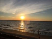 日出@默特尔海滩 免版税图库摄影