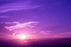 日出紫色天空  库存图片