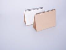 日历或空的桌面日历在背景 图库摄影