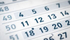 日历是关闭,十二,十一,十三翻译:月份的12月 库存图片