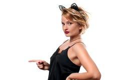 日历概念日期冷面万圣节愉快的藏品微型收割机说大镰刀身分 有狂欢节猫耳朵的妇女 免版税库存图片