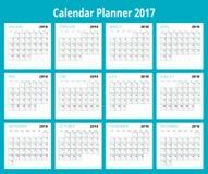 2018日历 印刷品模板 星期星期天开始 画象取向 套12个月 计划者2018年 库存照片