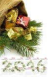 日历2016年 圣诞节装饰特写镜头的图象 库存照片
