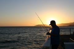 日好结尾捕鱼 库存照片