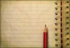 日志附注和铅笔准备好文字 库存图片