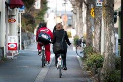 日本乘自行车 免版税库存图片