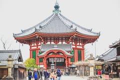 日本人输入到Hasedera寺庙 免版税库存图片