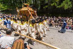 日本便携式的寺庙` mikoshi ` 库存图片
