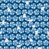 日本兔子花现代转弯蓝色无缝的样式 免版税图库摄影