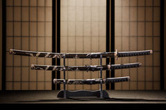 日本刀、wakizashi和tanto 库存图片