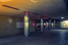 日本地铁站 (被过滤的图象被处理的葡萄酒eff 免版税图库摄影
