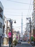 日本天空东京塔结构树 免版税库存图片