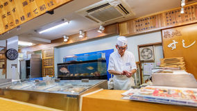 日本寿司厨师 图库摄影