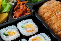 日本寿司用飞行猪肉传统食物 免版税库存图片