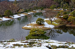 日本庭院在冬天,京都日本 免版税库存照片