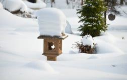 日本庭院在冬天 免版税库存图片