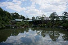 日本庭院在Heian津沽,京都,日本 图库摄影