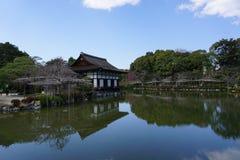 日本庭院在Heian津沽,京都,日本 免版税库存图片