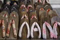 日本拖鞋立场 库存图片