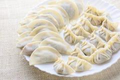 日本油煎的饺子,半月亮型饺子 免版税库存照片