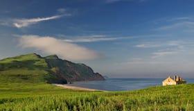 日本海。 秋天。 大Pelis isl。 免版税库存照片