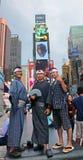 日本游人在时代广场 库存图片